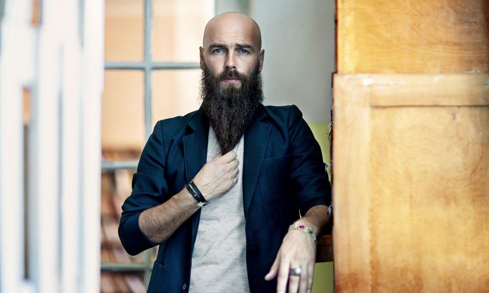 Sakallı Kel Erkek Saç Modeli